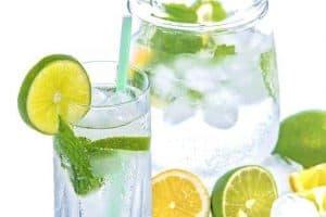 レモンとミントの水