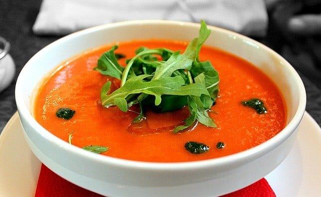 トマトスープ一杯