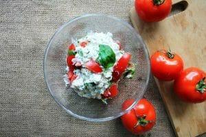 ホワイトチーズのトマト煮