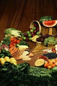 食卓に並ぶ野菜