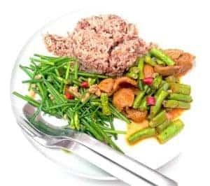 玄米と野菜のヘルシーなダイエット料理