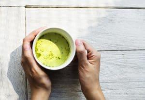 一杯の緑茶