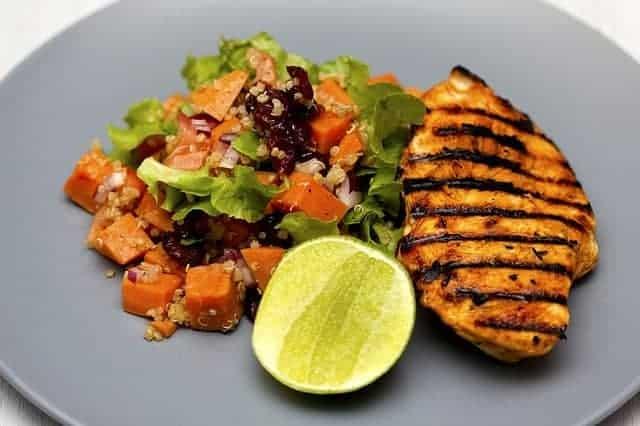 鶏胸肉の野菜焼き