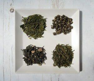 皿の上の緑茶4種